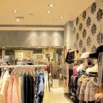 Отделка под бетон в магазине одежды
