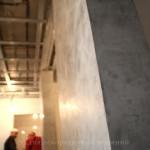 Штукатурка под бетон с эфектом глянец