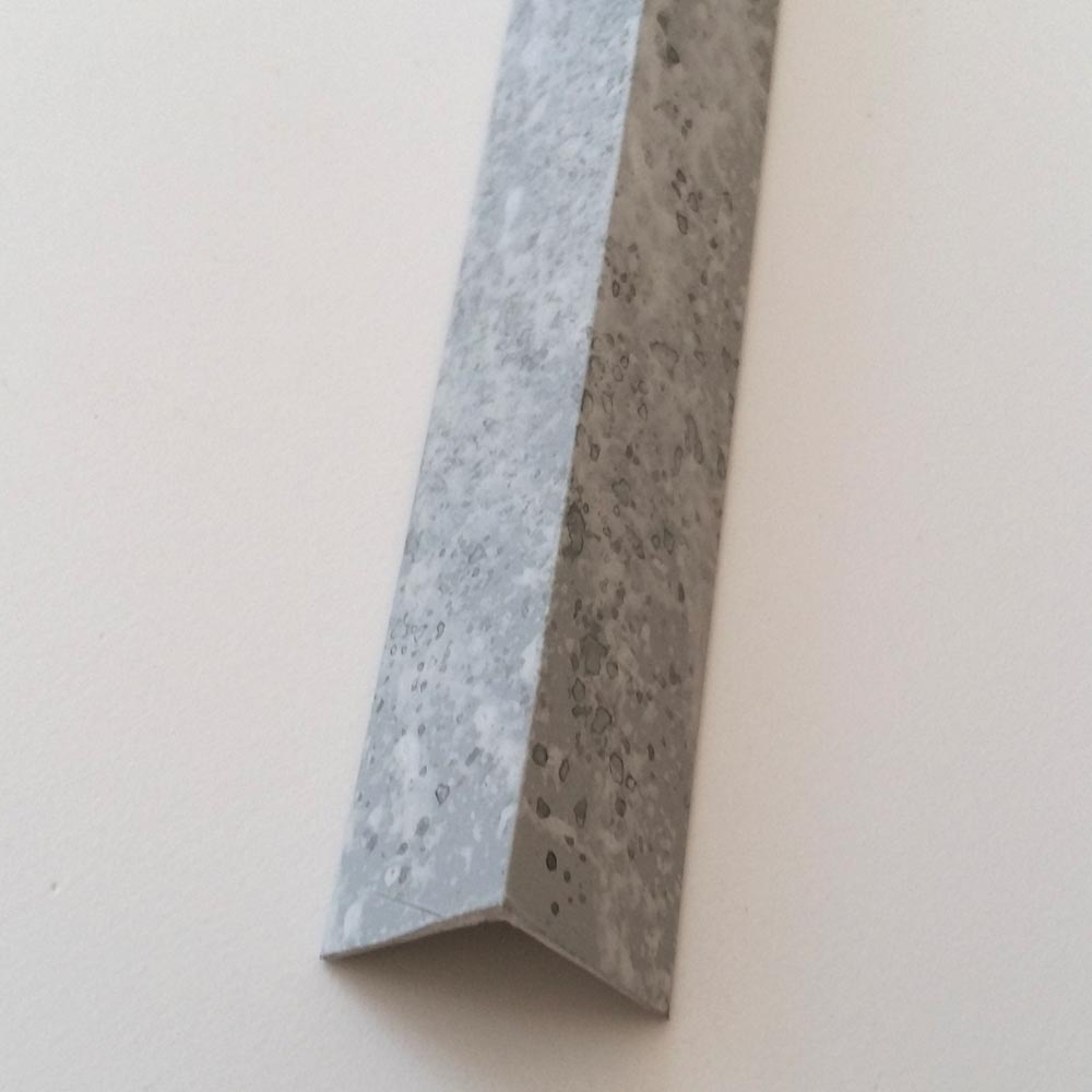 Декоративный уголок под бетон