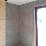 Декоравтиная штукатурка под бетон в каркасно-щитовом доме